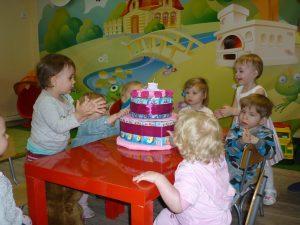 летний отдых для малышей в детском саду