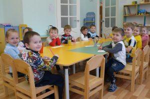 отдать ребенка в детский лагерь на каникулы