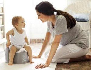 в каком возрасте приучить ребенка к горшку