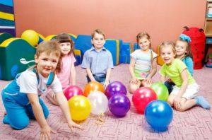 устроить ребенка в частный детский сад